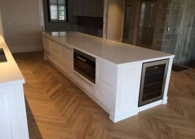 Whether you want a modern benchtop or a smart storage solution in your kitchen, we can design it for you